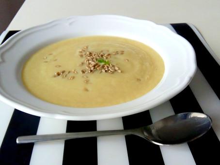 Selerowa zupa krem ze słonecznikiem (222kcal)