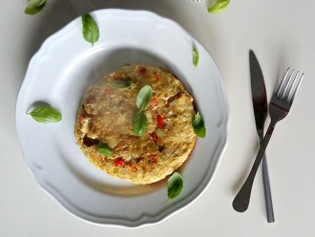 Omlet curry z suszonymi pomidorami (370 kcal)