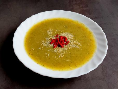 Zupa krem z zielonych szparagów i marchewki (252kcal)