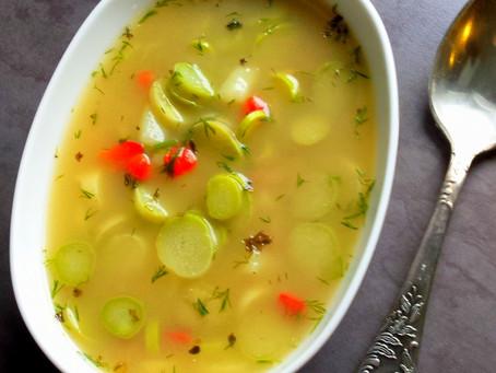 Wiosenna zupa ze szparagami i papryką (273kcal)