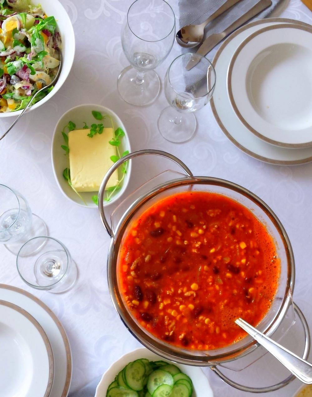 Zupa meksykańska z fasolką i kukurydzą