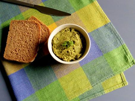 Pasta z zielonej soczewicy i słonecznika (171 kcal)