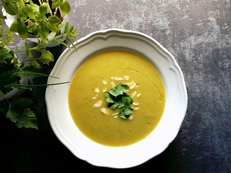 Zupa krem szparagowy z migdałami (215kcal)