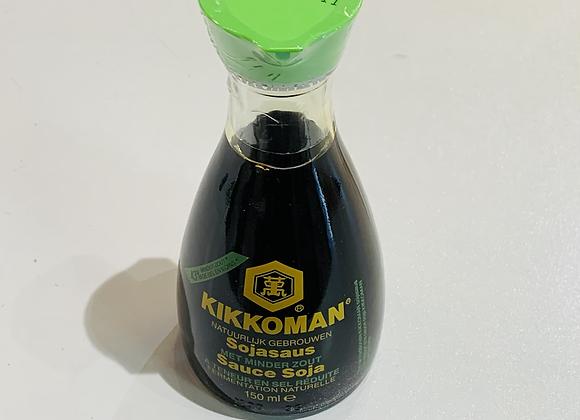 万字低盐酱油 150ml Kikkoman Soy Sauce Less Salt