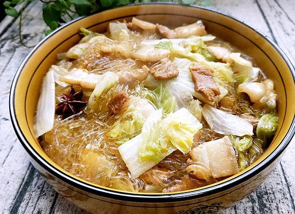 猪肉白菜炖粉条 Chinese Leaf Boiled with Pork Slices and Vermicelli