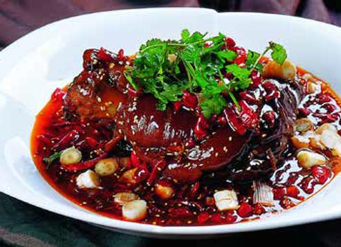 香辣肘子 Hot and spicy Pork Knuckle