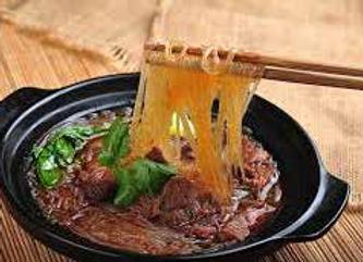 牛肉粉丝煲 Beef Tenderloin Boiled with Vermicelli in Soy Sauce