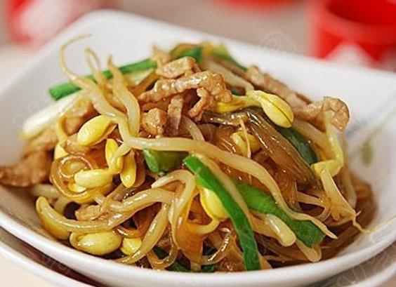 银芽肉丝炖粉条 Stri Fried Vermicelli with Bean Sprouts and Shredded Pork