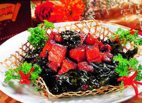 茶香坛子肉 Tea Fried Red Braised Pork