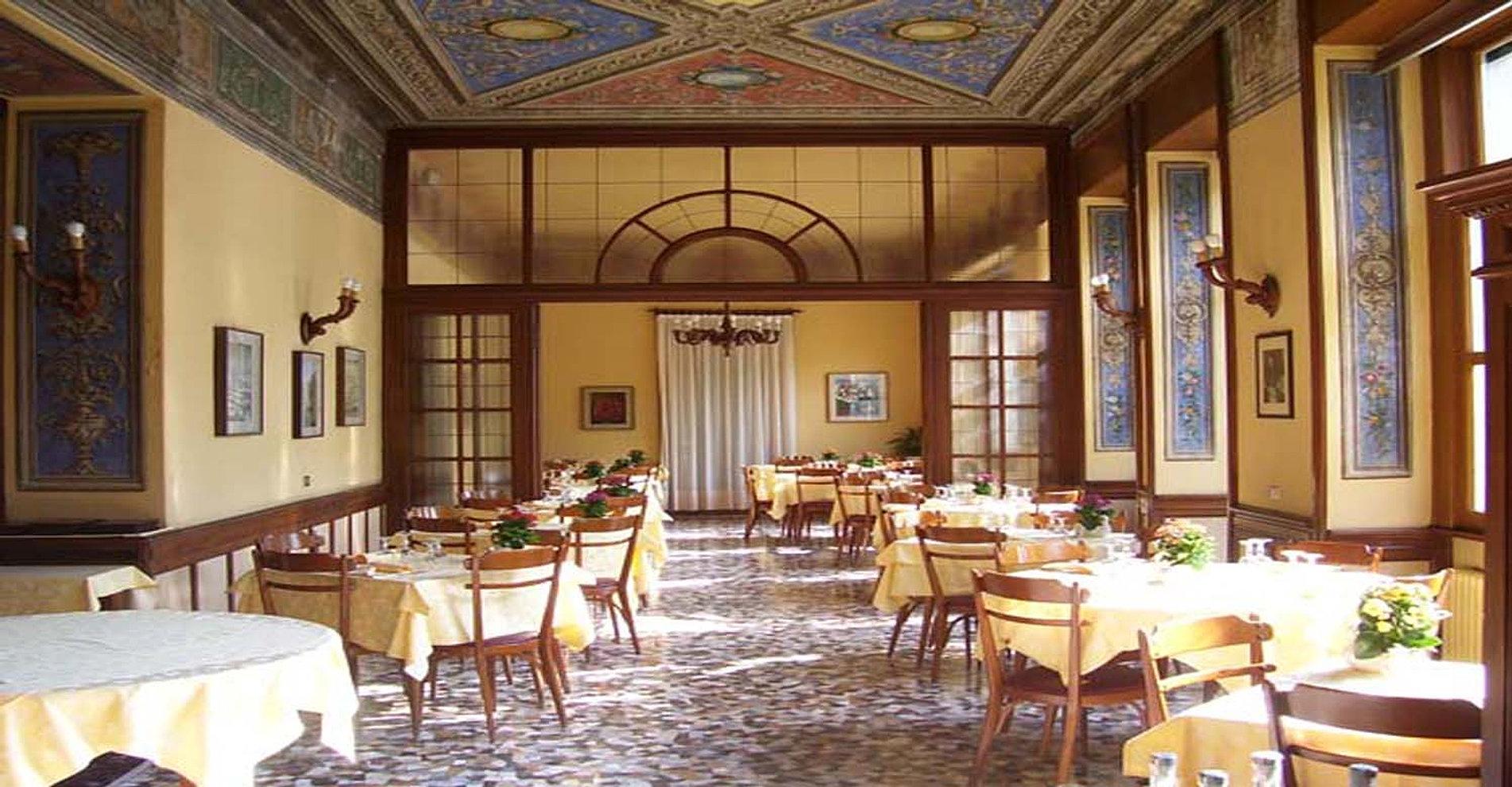 Hotel ristorante vapore a torno - Pulizia cucina ristorante ...