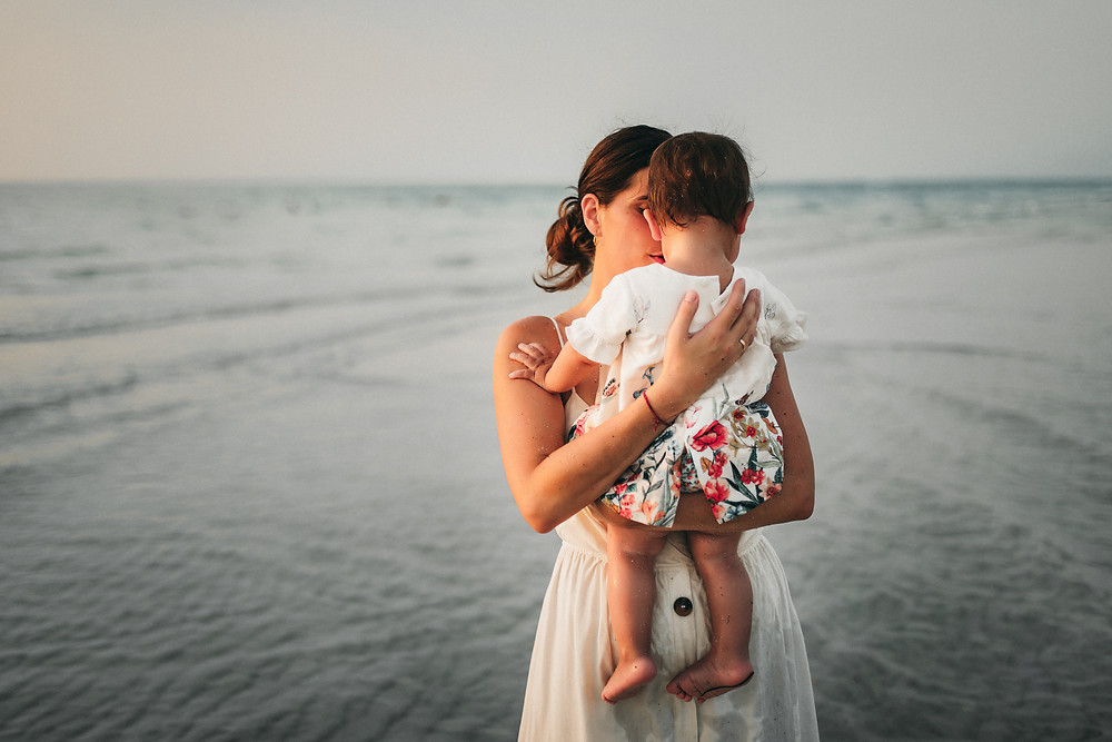 Karen Holden Photography | Abu Dhabi Family Photographer | Sea Waltz
