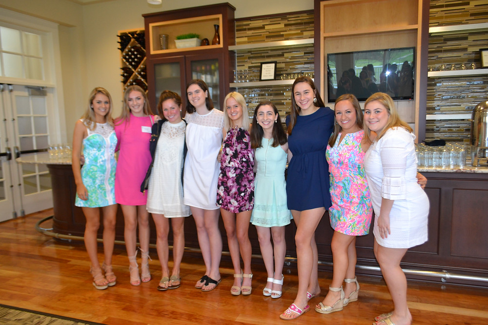 SUA seniors gather for their last Spring Fling. From left to right: Julia LaFountain, Savannah Carrick, Josie Grote, Caroline Karwisch, Sky Barton, Claire Salcido, Meredith Haught, Maria Mentzel, Chloe Bambauer