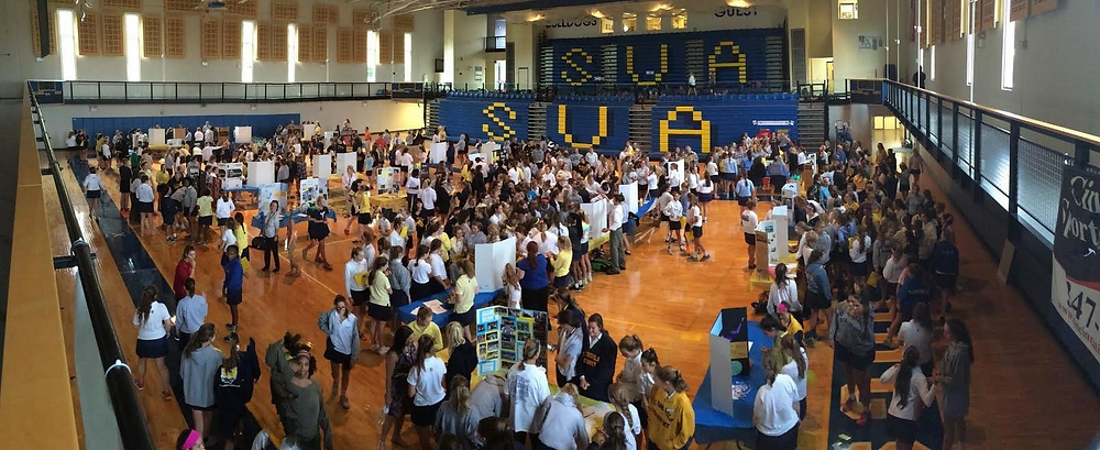 2016's Club Fair was buzzing with activity as students signed up for different activities.