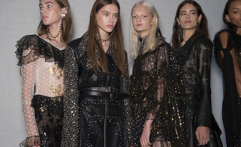 Rodarte Spring/Summer 2017 displays the same incredibly detailed, grungy clothing looks, but with a fresher face, going along with the current makeup trends.