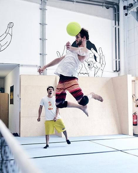 Copy of Ape_Academy_Fußball_Tennis_7.jp