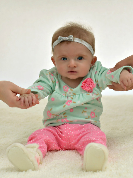 Adalyn's 6 Month Session
