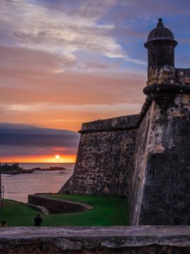 Castillo_San_Felipe_del_Morro_Sunset_in_