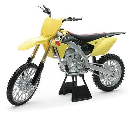 1:6 Die-Cast Replica 2014 Suzuki RM-Z450