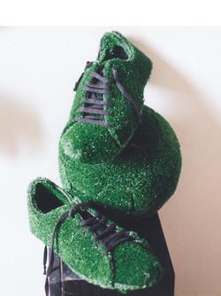 chaussures de foot et ballon