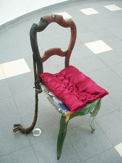 Jeu de chaises (Détail)