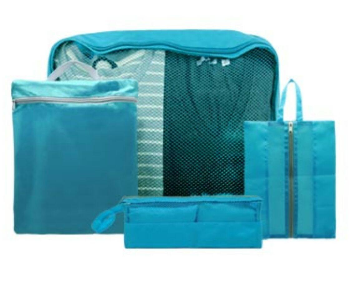 Suit case pouch
