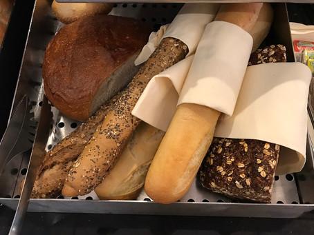 ドイツの朝食のパン