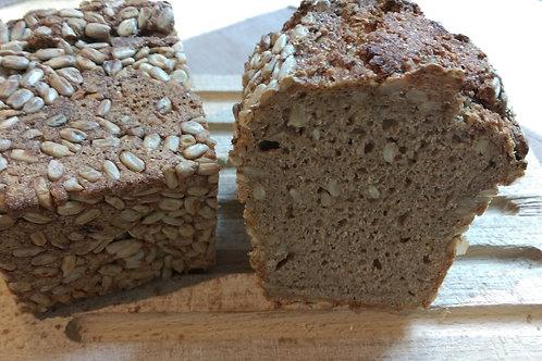 1-2-1 ひまわりの種のパン(ゾンネンブリューメン)