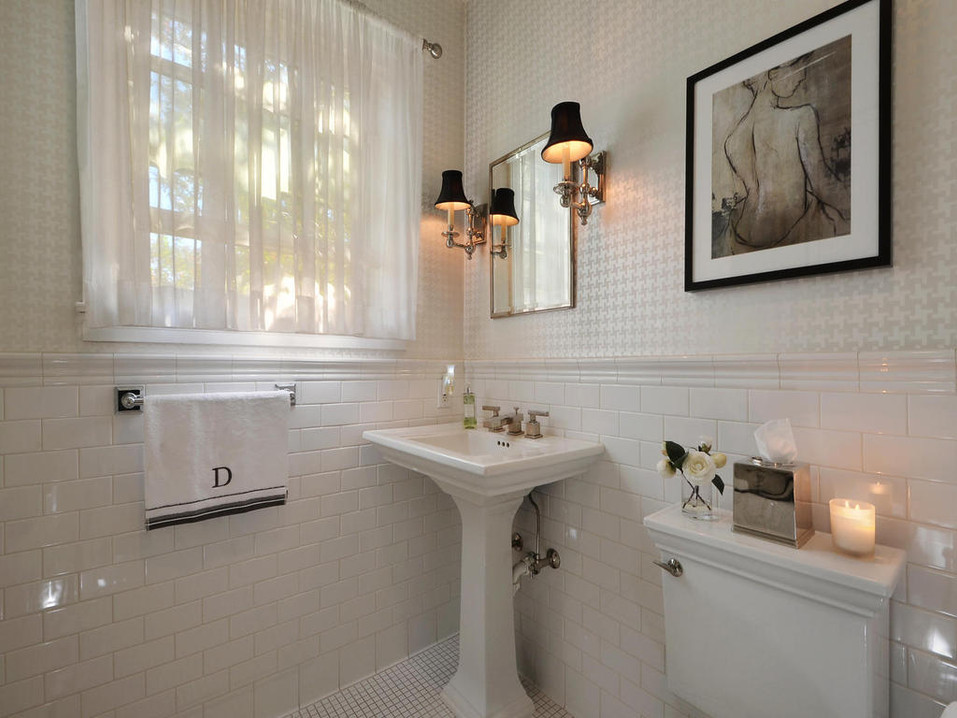 700 E 43rd St-MLS_Size-028-Other Bath 00