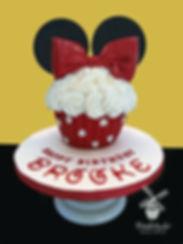 Minnie cupcake cake