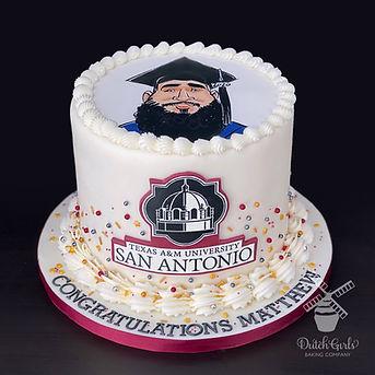 Texas A&M San Antonio Graduation cake