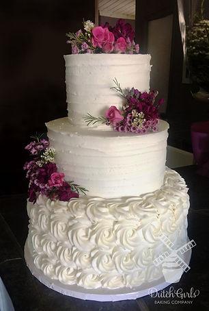 Oakdale wedding cake