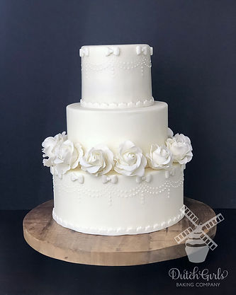 Wdiing cake