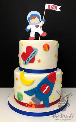 astronaut spaceship rocket birthay cake