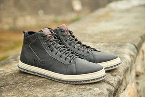 ferricelli shoes grey bergamo italy walking summer closeup social media sharecampaign