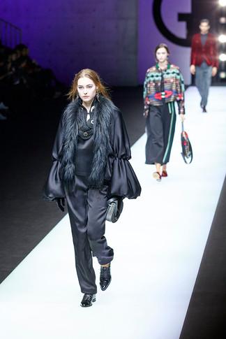 Giorgio Armani fashion show Milan Fashion Week Woman february 2018