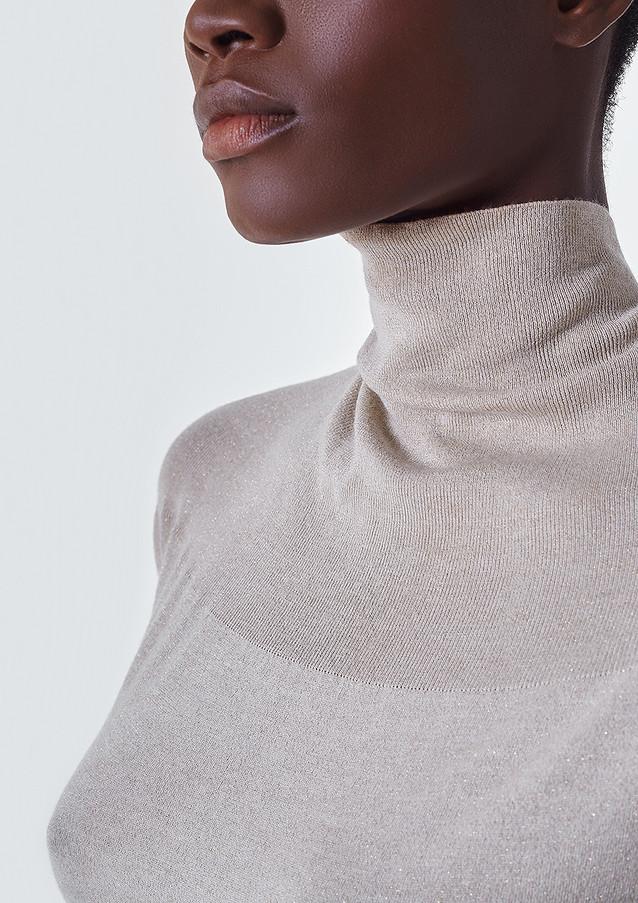 cariaggi filato cardato brown passion african model studio milan photo by sharecampaign