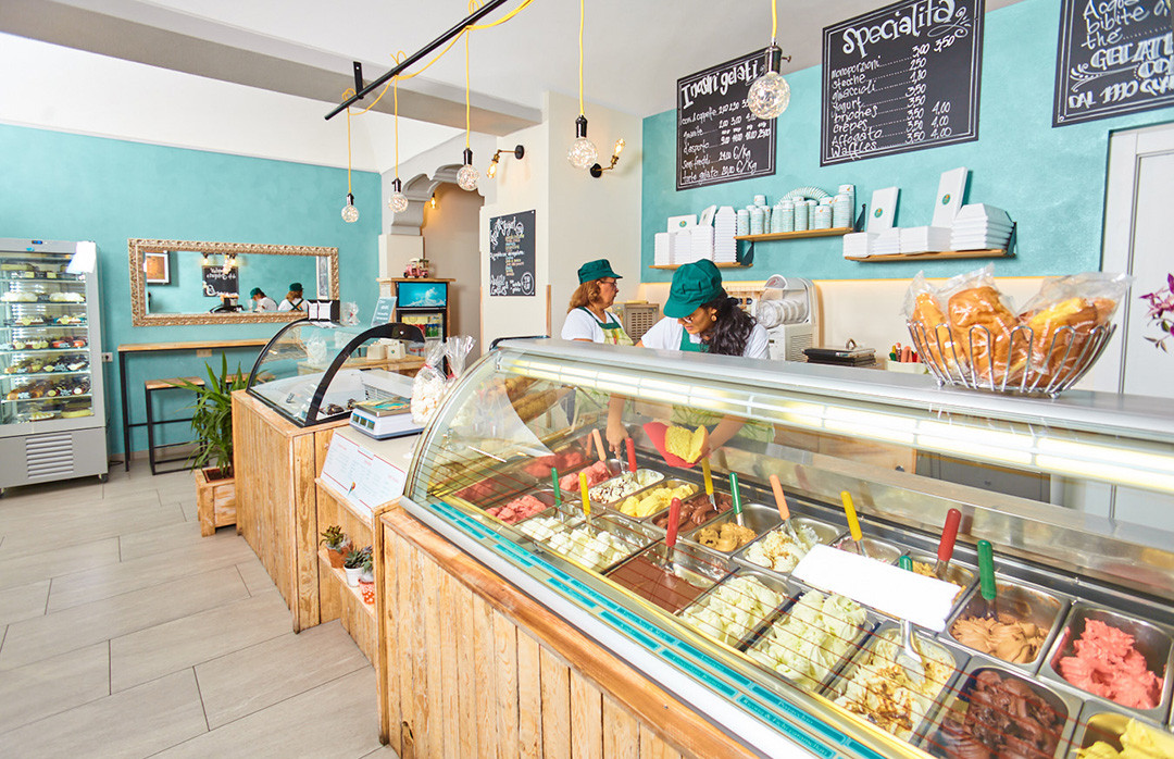 gelateria_copacabana_interior_vetrina_co