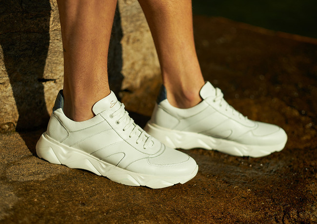 savelli_shoes_sport_white_closeup_milano