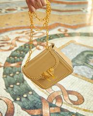 cardinalno First Date Chaplet embellished beige caviar leather bag gallery milano social media sharecampaign