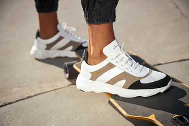 savelli shoes snickers sport skateboard social media sharecampaign