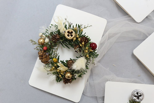 Christmas Card ( with fresh n dried flower)