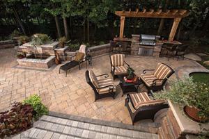 outdoor living. dallas real estate