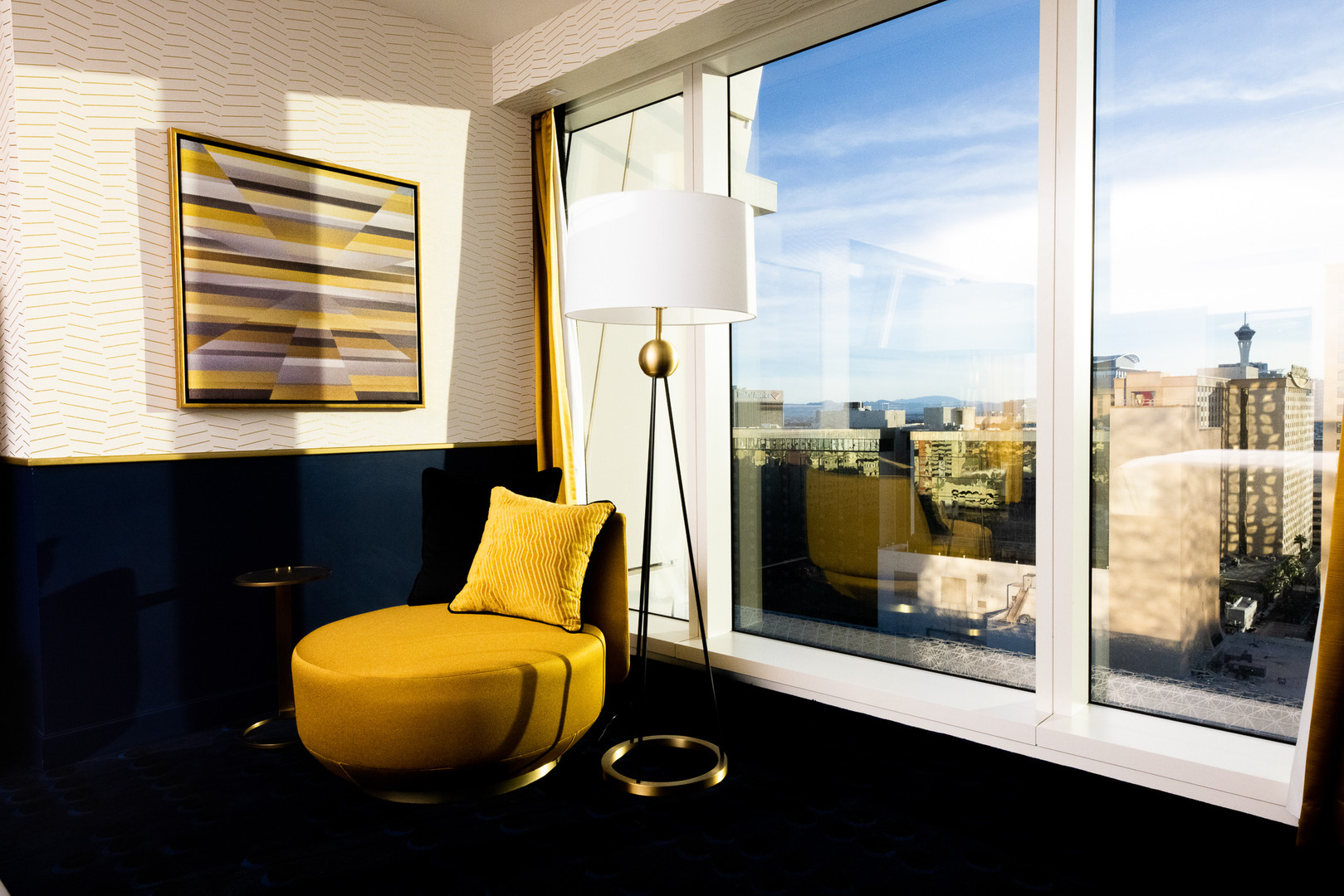 Circa Las Vegas Room shot