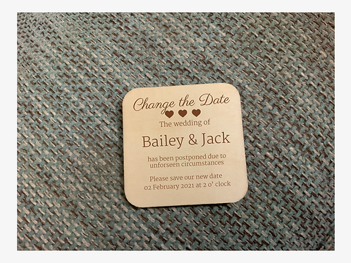 "6 x Wooden ""Change the Date"" Invitations 10cm"