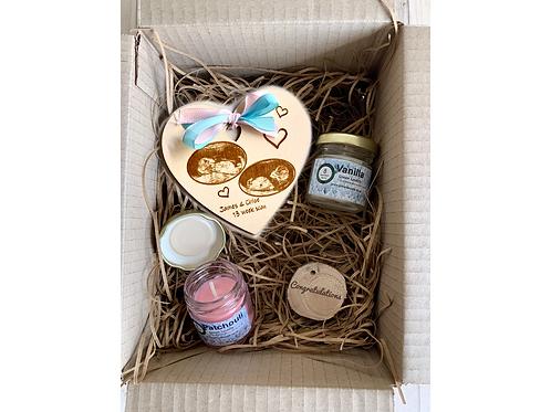 Luxury Personalised Expecting Parent Gift Set