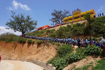 unsere Schule ist FERTIG !!!!!!!!!