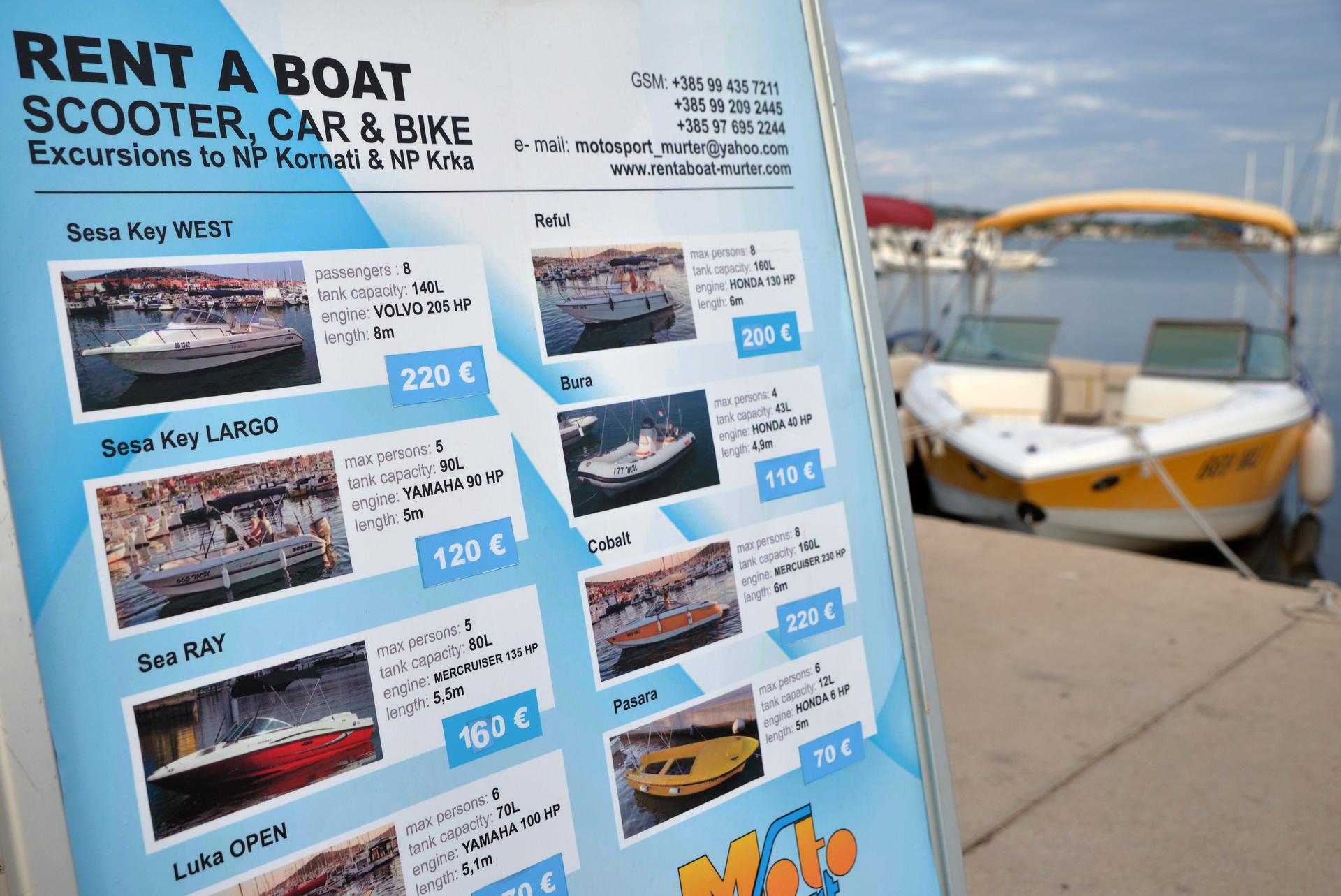 Rent a boat Murter