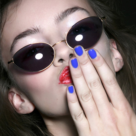 blue-nails-colour-trend-nail-trends-spring-summer-2014-fashion-east-fashion-week