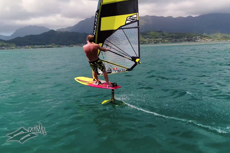 Robby Naish foiling on the Hover foilboard and the Thrust WS1 windfoil