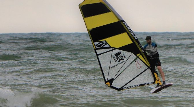 Wave windfoiling